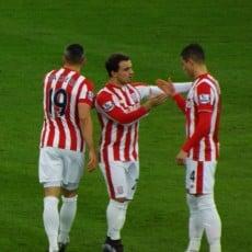 Leicester remisuje ze Stoke City, Vardy z kontrowesyjną czerwoną kartką