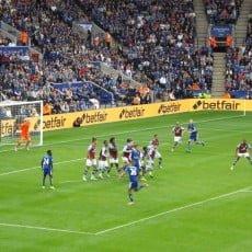 Leicester deklasuje Aston Villę 4:0. Kluby z Birmingham za słabe na Lisy