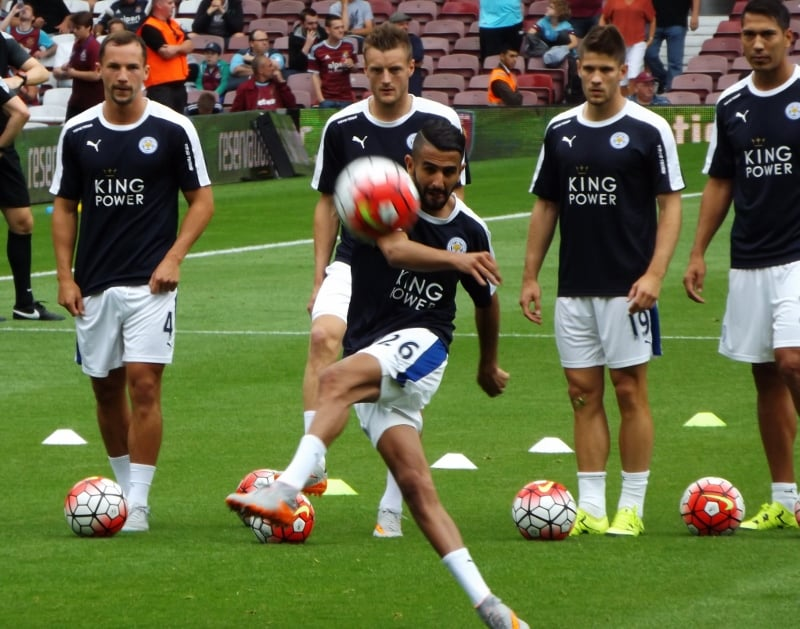 Xavi: Mahrez może grać w Barcelonie