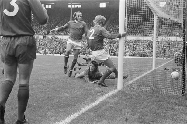 community_shield_1971_steve_whitworth