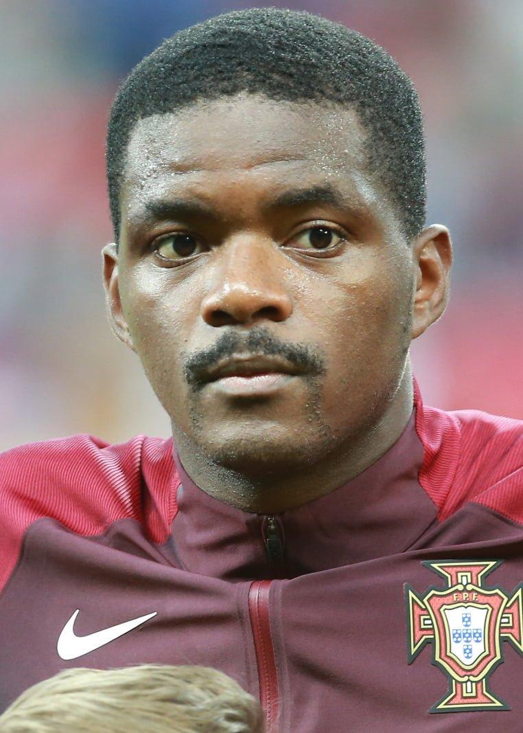 Leicester prowadzi zaawansowane rozmowy z Williamem Carvalho